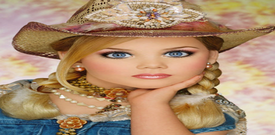 Now We Can All Agree Thats A Very Pretty Young Lady Working Her Diva Cowgirl Look But Do You Realize This Little Thing Is Only FOUR YEARS OLD
