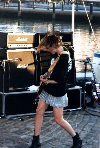 http://punkglobe.com/images/magnapop5.jpg