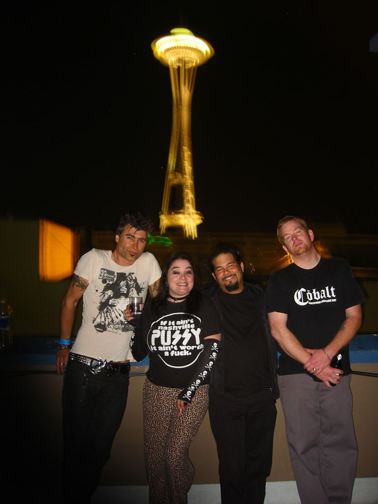 group photo in front ofSpace Needle